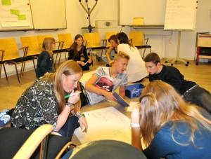 Zeit für Gruppenarbeit im Anne Frank Haus